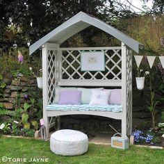 My Pretty Garden Arbour Bench