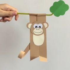 Comment faire un singe en papier qui se balance sur une branche