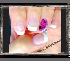 Classic French nails #nails #frenchnails #nailart #gel #gelnails #glitterednailsbycheyenne