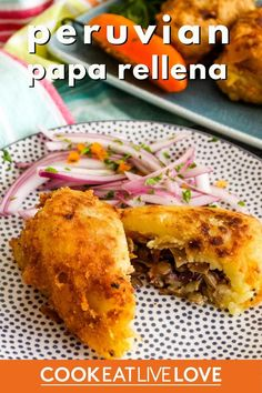 An authentic recipe for the peruvian papa rellena making the switch from ground beef to vegetarian. In this vegetarian recipe of this peruvian stuffed potato, all the traditional flavors are present along with eggplant in place of the beef. See step by step how to mix and shape these delicious stuffed potatoes, it's actually much easier than you think! Spicy Vegetarian Recipes, Vegetarian Casserole, Vegetarian Appetizers, Appetizers For Party, Stuffed Potatoes, Creamy Mashed Potatoes, Stuffed Peppers, Vegan Party Food, Peruvian Cuisine