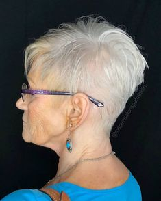 70 Gray Pixie for Fine Hair Haircuts For Thin Fine Hair, Thin Hair Cuts, Short Hairstyles Fine, Short Thin Hair, Short Grey Hair, Very Short Hair, Short Hairstyles For Women, Cool Hairstyles, Short Haircuts