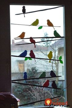 The decoration, which can be seen in the pictures, shows a flock of birds sitting - New Deko Sites Decoration Creche, Class Decoration, School Decorations, Spring Decorations, Bird Crafts, Easter Crafts, Diy And Crafts, Diy For Kids, Crafts For Kids