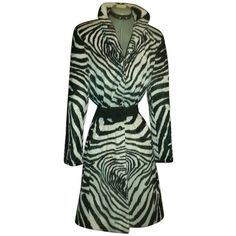 Pre-owned Oscar De La Renta By Fur Coat ($449) ❤ liked on Polyvore featuring outerwear, coats, zebra print coat, oscar de la renta, zebra coat, green coat and green fur coat