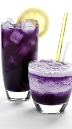 Going-off-the-deep-end Daiquiri Recipe ~ Rum, blueberry juice, pineapple juice, a squeeze fresh lemon. Garnish with a slice of fresh orange or lemon.