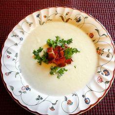 Edel's Mat & Vin : Blomkålsuppe med sprøtt bacon ✿ Panna Cotta, Bacon, Pudding, Ethnic Recipes, Desserts, Food, Tailgate Desserts, Dulce De Leche, Deserts