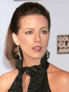 Kate Beckinsale | 2005 | Golden Globe Nominations - December 2005
