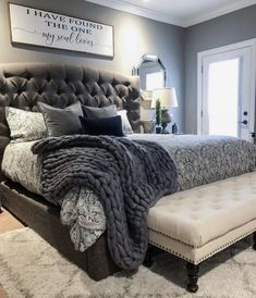 ✔ 38 Attractive Bedroom Furniture Master Head Boards for Cozy Bedroom Ideas Cozy Bedroom, Dream Bedroom, Home Decor Bedroom, Bedroom Furniture, Trendy Bedroom, Master Bedroom Decorating Ideas, Fall Bedroom, King Bedroom Sets, Grey Home Decor