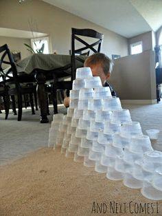 1000 bilder zu basteln malen und spielen mit kleinkindern auf pinterest basteln kleinkinder. Black Bedroom Furniture Sets. Home Design Ideas