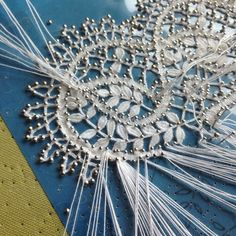 creates an even bigger appreciation for the beauty of lace. Antique Lace, Vintage Lace, Bobbin Lacemaking, Bobbin Lace Patterns, Art Du Fil, Crochet Lace, Crochet Edgings, Crochet Motif, Crochet Shawl