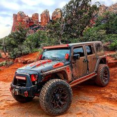 #MuddyMonday www.jeepbeef.com @huratron1 ・・・ #REDROCKSSEDONA….#customjeep #liftedjeeps #jeepmods #jeeplife #jeepporn #jeepwrangler #Jeep #jeep #jeepbeef #average #sedona #soldierpasstrail #deepjeeps...