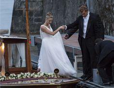 La robe de mariée Armani de Béatrice Borromeo pour son mariage avec Pierre Casiraghi en Italie http://www.vogue.fr/mariage/inspirations/diaporama/la-robe-de-marie-armani-de-batrice-borromeo-pour-son-mariage-avec-pierre-casiraghi-en-italie/21832#la-robe-de-marie-armani-de-batrice-borromeo-pour-son-mariage-avec-pierre-casiraghi-en-italie-3