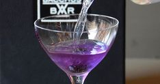 This color-changing cocktail is just what you need to enjoy the best Halloween movie.