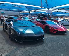 YOH  Saturday showing off with the brand new Lamborghini Huracan Performante and the Aventador SV Roadster spotted by @dennis.vh  #ExoticSpotSA #Zero2Turbo #SouthAfrica #Lamborghini #AventadorSV #Roadster #HuracanPerformante