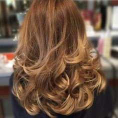 A gorgeous bouncy blow dry by new stylist Sophie