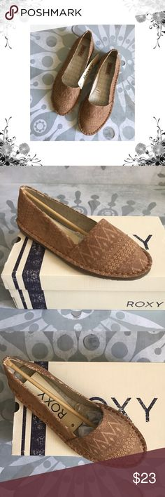 "Sz 6.5-8.5-9 Roxy 'Sage' Tan Printed Flats Slip-on flat with textile upper and stitch out detail, padded insole with woven roxy label, and rubber outsole with heel lift. Manufacturer Color is Tan. New with box. Heel Height is approx 1/2"". Platform Height is approx 1/2"". Slip On. Synthetic PU Upper. Tribal Print. Bundle for discounts! Thank you for shopping my closet! Roxy Shoes Flats & Loafers"