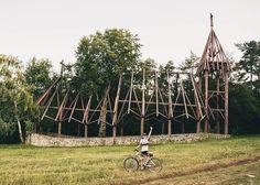 Skvelý tip od @lucassaganronald  Super happy  Som rád že sa mi podarilo navštíviť jeden z najkrajších kostolov na Slovensku a to rastlinný kostol sv. Ladislava DEBRAD #praveslovenske