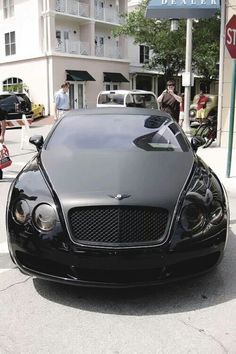 Gloss and Matte black Bentley Continental GT