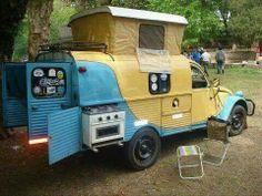 Here is an interesting Citroen based compact camper with many cool features Camper Caravan, Truck Camper, Camper Trailers, Camper Van, Camper Rental, Travel Trailers, Vintage Rv, Vintage Caravans, Vintage Trailers