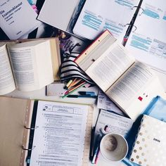 # how to get focused on studying Studyblr, Study Space, Study Desk, Study Office, Work Motivation, College Motivation, Pretty Notes, Study Hard, School Notes
