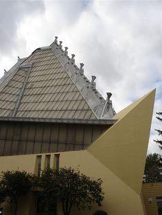 Beth Sholom Synagogue by Frank Lloyd Wright: Elkins Park PA