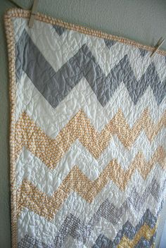Zig Zag Quilt in yellow and grey by Insung from NAMOO, via Flickr