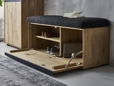 RUNA wardrobes: The perfect entrance - modern and cosy. Runa impresses thanks to its impressive architecture and the special material blend. Modern Porch, Mirror Cabinets, Traditional Furniture, Light Oak, Solid Wood Furniture, Types Of Wood, Table And Chairs, Furniture Making, Storage Solutions