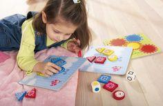 Haba Farby a tvary - HH4652 Aj malé deti sa chcú zapájať do hier a pritom sa niečo naučiť! Vďaka tejto hre si najmenší precvičia farby a tvary hravou formou a naučia sa prvé pravidlá.