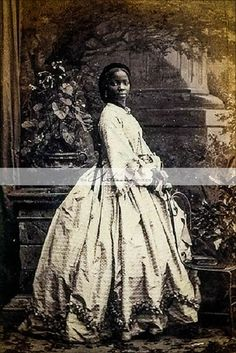 Photographed by Camille Silvy, Sarah Forbes Bonetta Davies. Photographed by Camille Silvy, 1862 ⚐ Suzanne Magisa I found this interesting: Lady Sarah Forbes Bonetta Davies (photographed by Camille Silvy, Women In History, Black History, Ancient History, Reine Victoria, Foto Real, My Black Is Beautiful, Beautiful Pictures, Rare Pictures, Daughter Of God