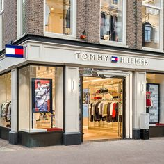 New Tommy Hilfiger Amsterdam Store by rpa:group Retail Facade, Shop Facade, Building Facade, Kids Store, At Home Store, Tommy Store, Luxury Branding, Branding Design, Tommy Hilfiger Store