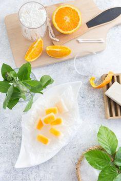 Lemon Balm Bath Melts Natural Body Scrub, Bath Melts, Lemon Coconut, Diy Beauty Makeup, Diy Natural Beauty Recipes, Beauty Tips, Lemon Balm, Hippie Life, Fresh Herbs