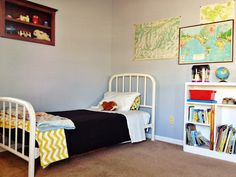 map themed bedroom for boys