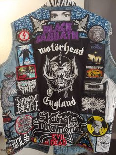 Bands I've Seen Live at Least Once and Other Things I Like Vest Combat Jacket, Battle Jacket, Metal Fashion, Look Fashion, Eagles Of Death Metal, Napalm Death, Grunge, Band Patches, King Diamond