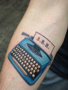 maquina de escribir tatuaje para escritores