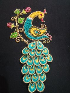 Peacock Blouse Designs, Peacock Embroidery Designs, Hand Embroidery Design Patterns, Hand Embroidery Videos, Blouse Designs Silk, Peacock Design, Embroidery Blouses, Aari Embroidery, Embroidery Stitches