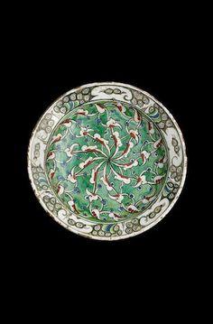 An Iznik pottery Dish Turkish 17th Century