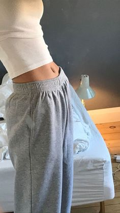 Source by flodmrr comfy outfits casual Mode Outfits, Casual Outfits, Fashion Outfits, Chill Outfits, Casual Clothes, Grunge Outfits, Fashion Tips, Spring Outfit Women, Mode Pastel