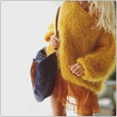Laissons .. Laissons .. Entrer le soleil ☀️ .. #lilisonge #isabelmarant #collectionsouslesetoiles #harpo #harpoparis #oodt #couleursdautomne #autumn #outfitoftheday #metoday #inspiration #fashionpost #instastyle #mystyle #instalook #bohemianchic #lookoftheday #mohair #handmade #withlove #faitmain #createur #douceur #sweetness #goodvibes #sundaymood #postoftheday #happysunday