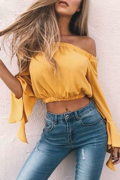 Slash Neck Sexy Crop Tops Summer Flare Long Sleeve Women Blouses Party Solid Blusas 2017 New Chiffon Shirts Femme Robe Chemises Sexy, Bell Sleeve Crop Top, Top Streetwear, Off Shoulder Crop Top, Shoulder Sleeve, Summer Crop Tops, Outfit Trends, Outfit Ideas, Cropped Tops