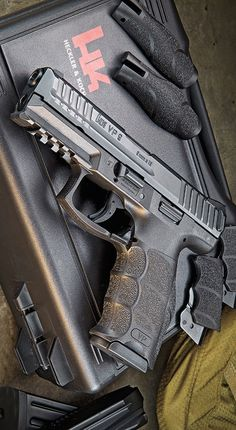 Understand the Glock trigger better and notice how much you progress using your Glock pistol! Understanding the Glock Trigger Glock Heckler & Koch, Weapons Guns, Guns And Ammo, Military Weapons, Custom Guns, Cool Guns, Tactical Gear, Tactical Survival, Survival Tools