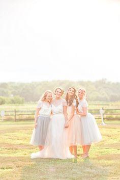 Outdoor bridesmaids portrait | Wedding & Party Ideas | 100 Layer Cake