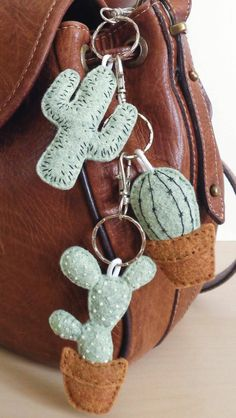 Buy handmade, vintage, custom and unique gifts for everyone . - Buy handmade, vintage, custom and unique gifts for everyone - Felt Diy, Felt Crafts, Jar Crafts, Cactus Keychain, Diy Gifts, Unique Gifts, Cactus Craft, Paper Cactus, Crochet Stitches