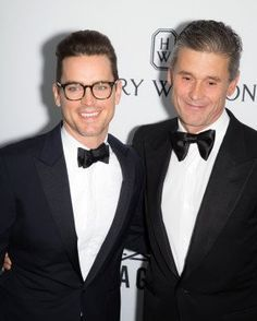 Side by side. Matt Bomer & Simon Halls. They are simply the best. #LoveIsLove  Maya (@Maychy_)   Twitter