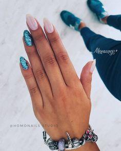 Here are the 10 most popular nail polish colors at OPI - My Nails Gelish Nails, Nail Manicure, Pink Nails, Glitter Nails, Nail Polish, May Nails, Hair And Nails, Cute Acrylic Nails, Cute Nails