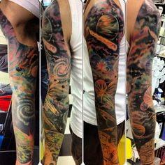 This galaxy sleeve is out of this world. 27 Themed Tattoo Sleeves That Are Basically Works Of Art Circle Tattoos, Body Art Tattoos, Cool Tattoos, Tattoo Ink, Fish Tattoos, Tatoos, Galaxy Tattoo Sleeve, Sleeve Tattoos, Tattoo Sleeves