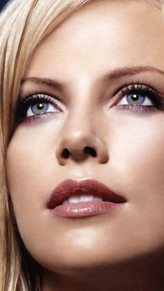 WONDERFUL PICTURE OF CHARLIZE THERON ACTRESS Charlize Theron Actress Charlize…