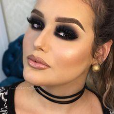 """218 curtidas, 11 comentários - Isadora Mello, 24 (@isadoramello_makeup) no Instagram: """"Quem também ama uma pele bem feita ? """""""