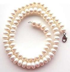 white roll shape pearl necklace