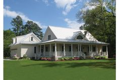 Eplans Cottage House Plan - Calabash Cottage - 2553 Square Feet and 4 Bedrooms(s) from Eplans - House Plan Code HWEPL67493