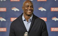 DeMarcus Ware has plenty to smile about after signing with Denver.  (Getty Images)