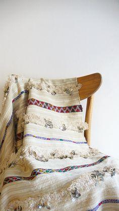 Handira  Vintage Moroccan Wedding Blanket  small by lacasadecoto, €165.00
